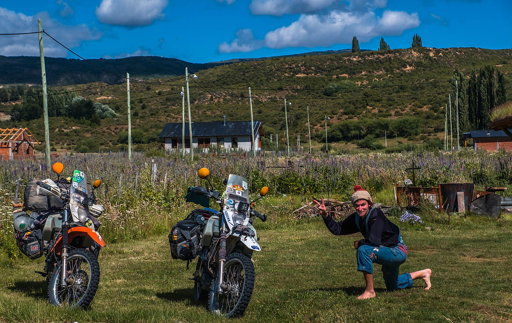 Simon with our DR650's at Piuke Maps Hostel, Patagonia - AvVida.co.uk