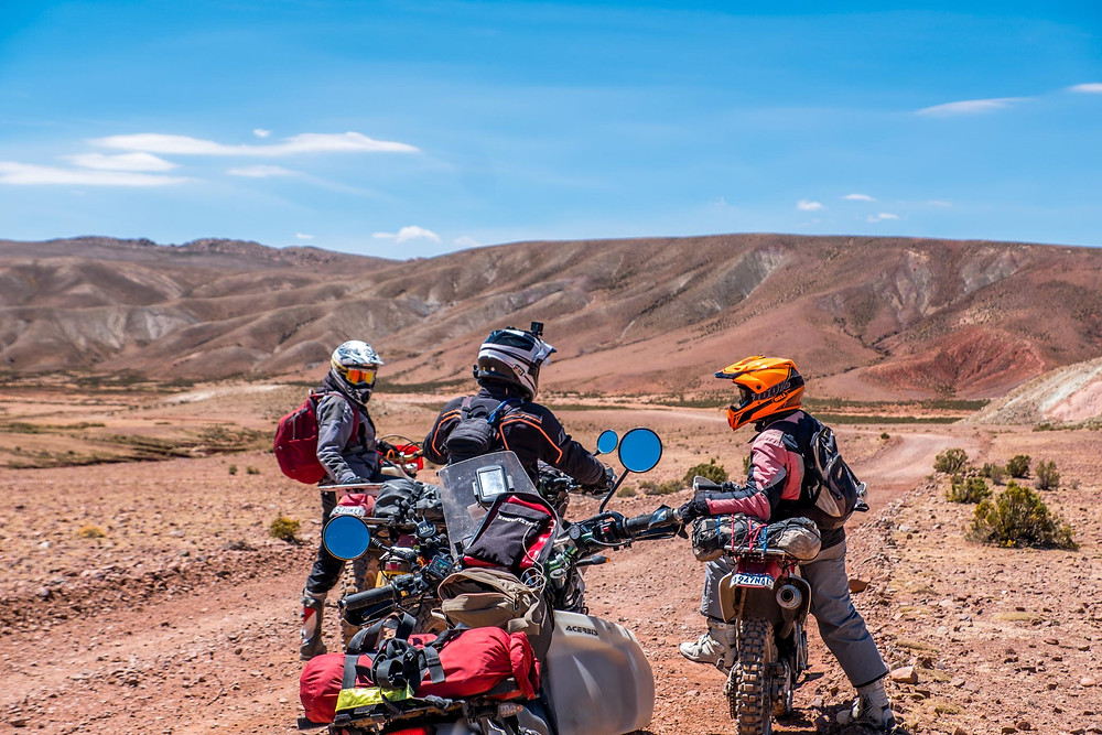 Windy, Kelvin and Robin back roads, Uyuni - AvVida.co.uk