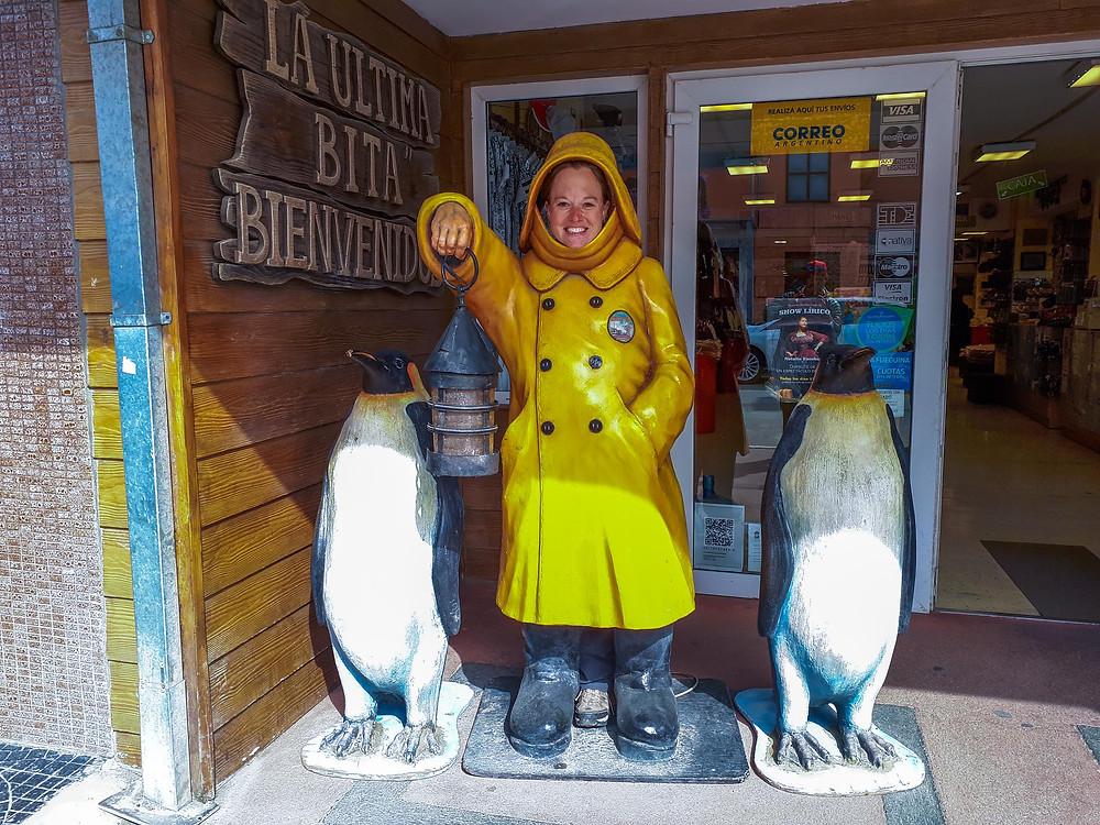 Having a fun time being a tourist in Ushuaia - AvVida.co.uk