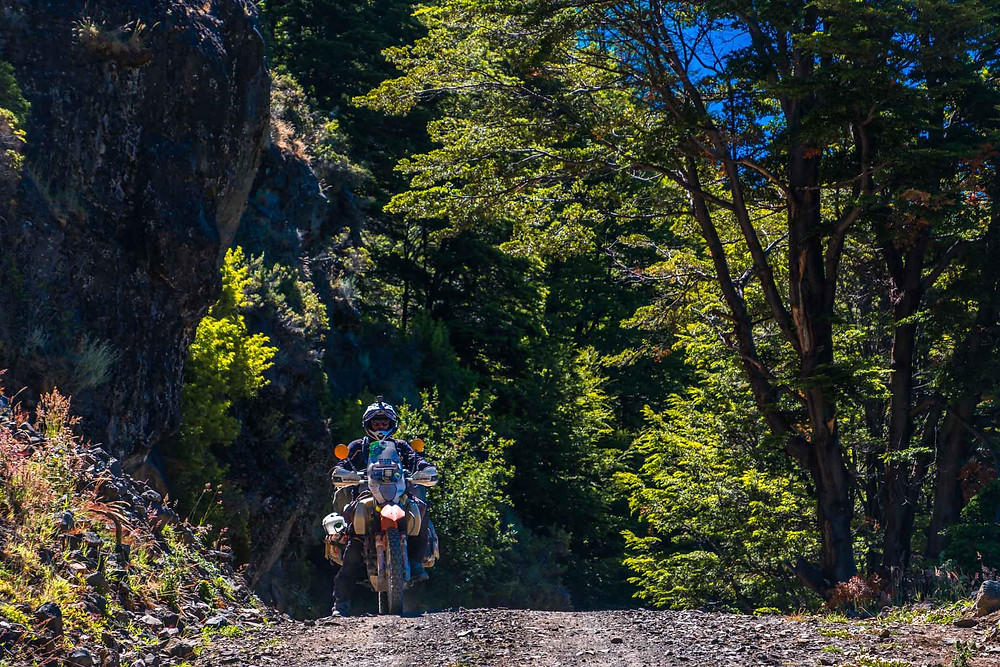 Kelvin on the stunning and tranquil dirt road X-725, Chile - AvVida.co.uk