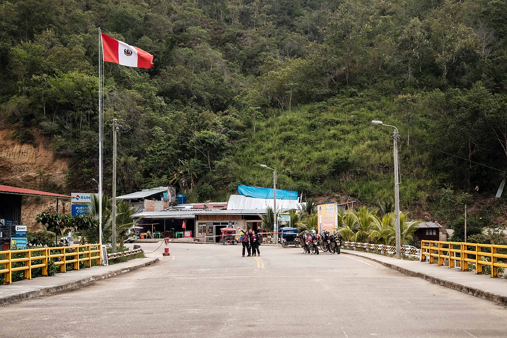 At the La Balsa Border in no mans land between Ecuador and Peru...chilled as. Photo by Michnus Olivier.