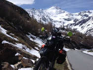 DR650 in the Alps
