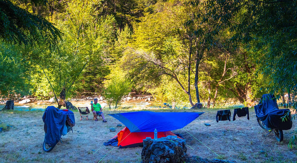 Camping at Rio Villegas, Patagonia - AvVida.co.uk