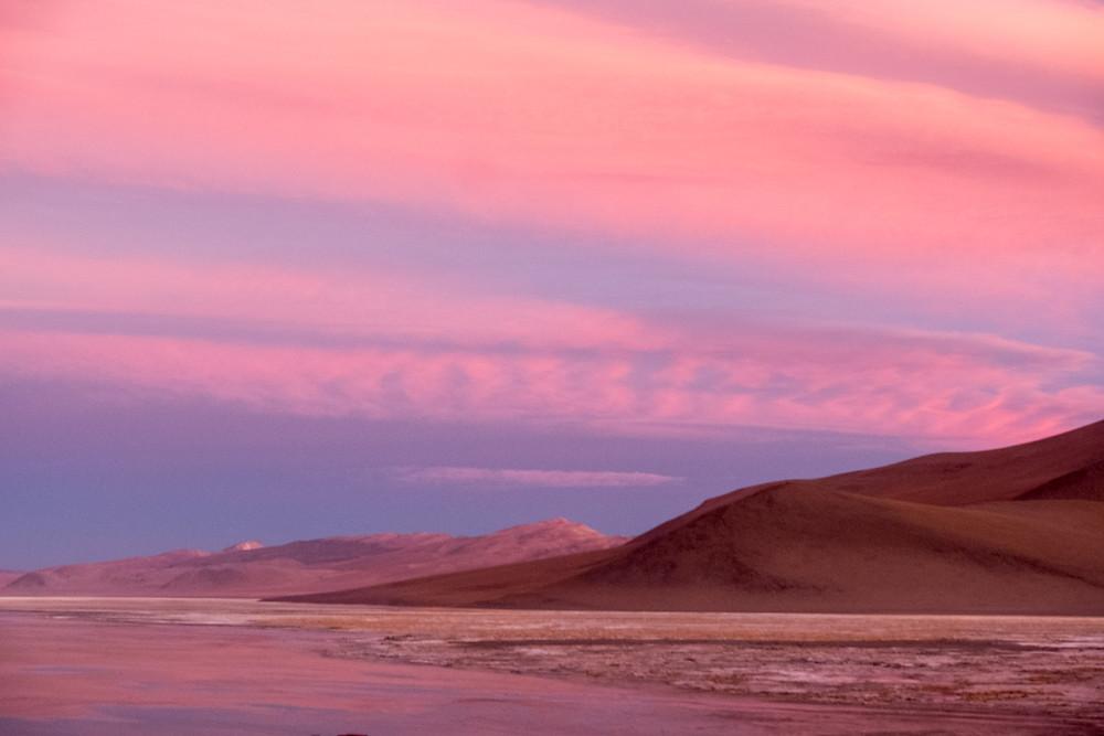 Stunning sunset over Laguna Chalviri - AvVida.co.uk