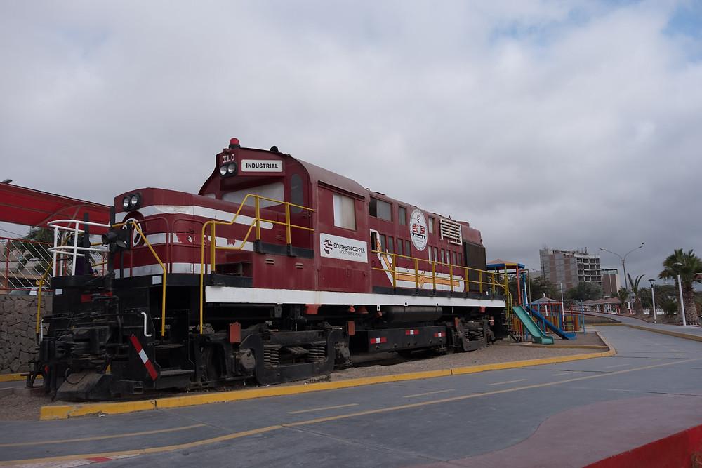 Old steam engine, Ilo, Peru - AvVida.co.uk