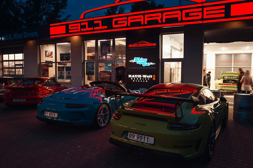 911 garage.jpg
