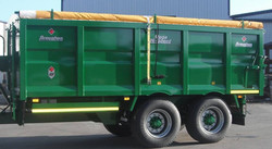 18ft Grain Trailer with Roll Over Cover Leaving the Factory