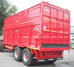 Silage Trailer with Swinging Back Door