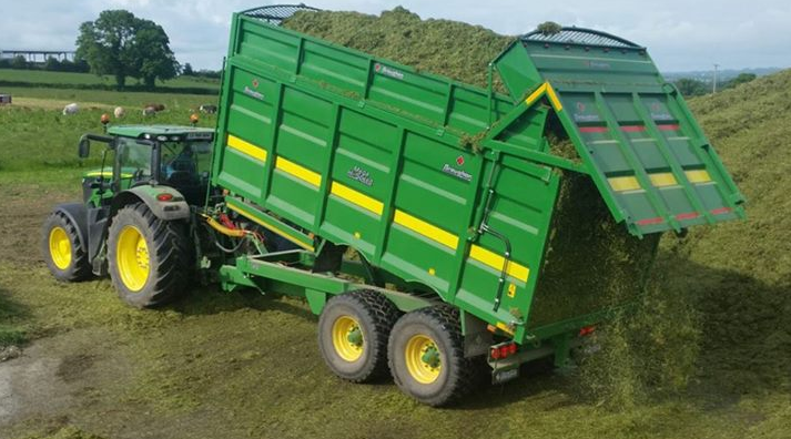 Silage Trailr in Action