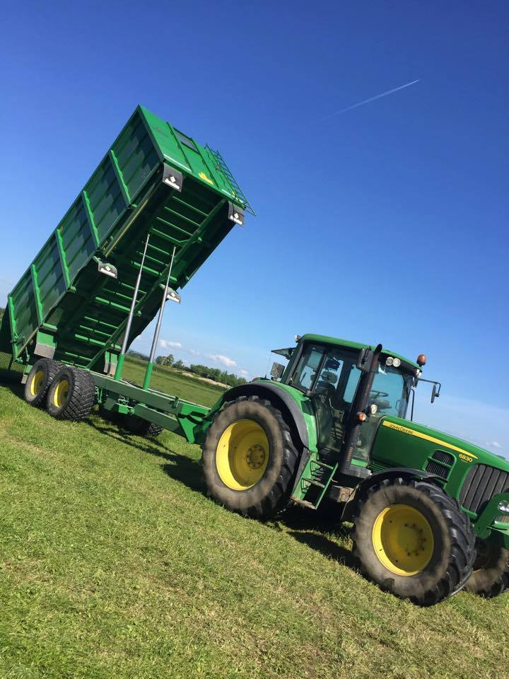 Broughan Grain Trailer in Action