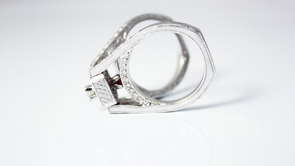 Colar Segura Anel - Kaoru Exclsive Jewelry