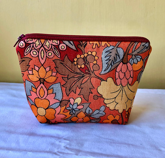 Small Zipper Pouch Vintage Fabric Madeira