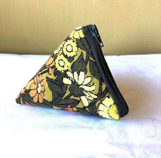 Pocket Pyramid Purse Vintage Fabric Daisychain Yellow