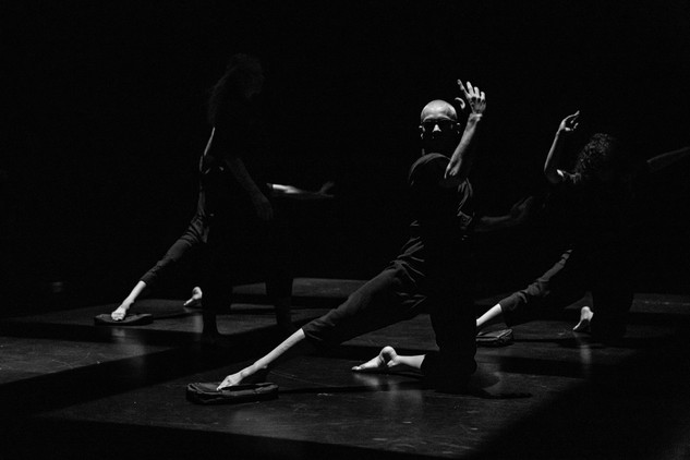 Locreado Dance Company