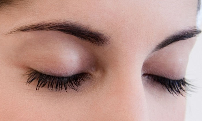 Eye lash/brow tint, brow tidy