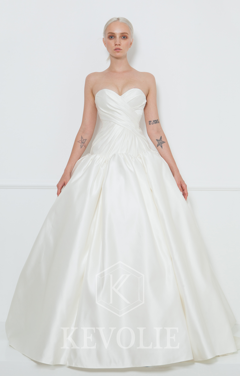 BRIDAL COLLECTION 2015-LOOK 19