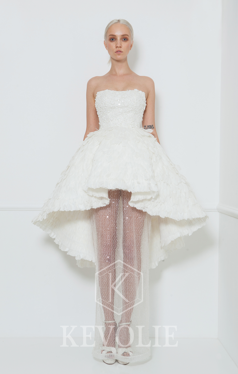 BRIDAL COLLECTION 2015-LOOK 23