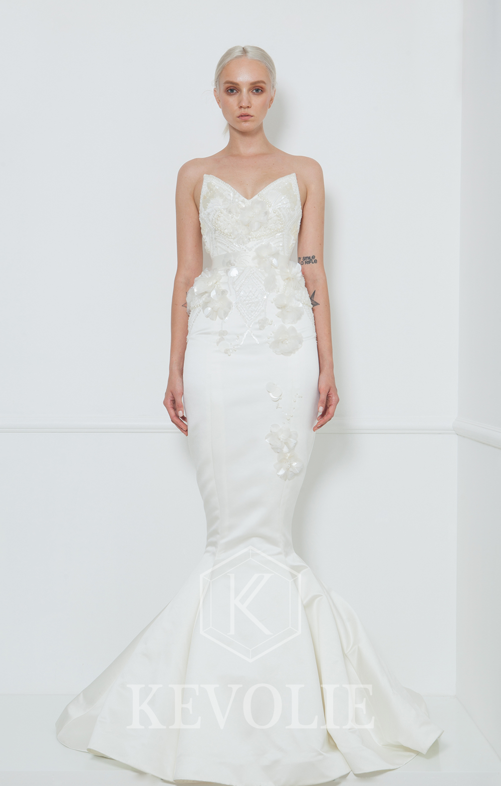 BRIDAL COLLECTION 2015-LOOK 29