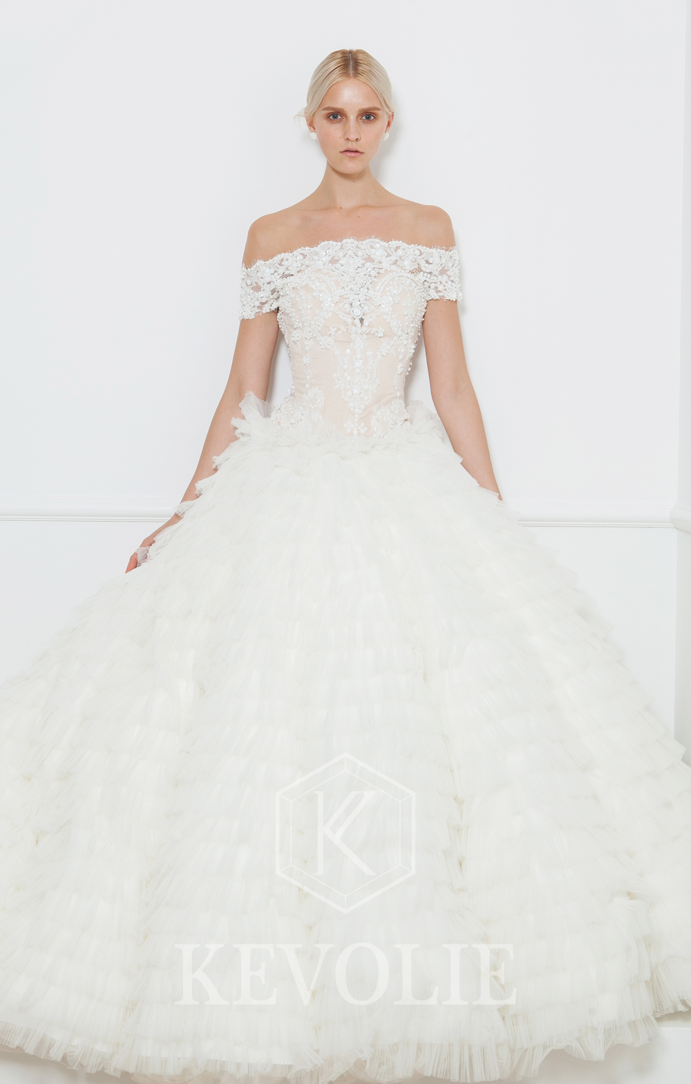 BRIDAL COLLECTION 2015-LOOK 25