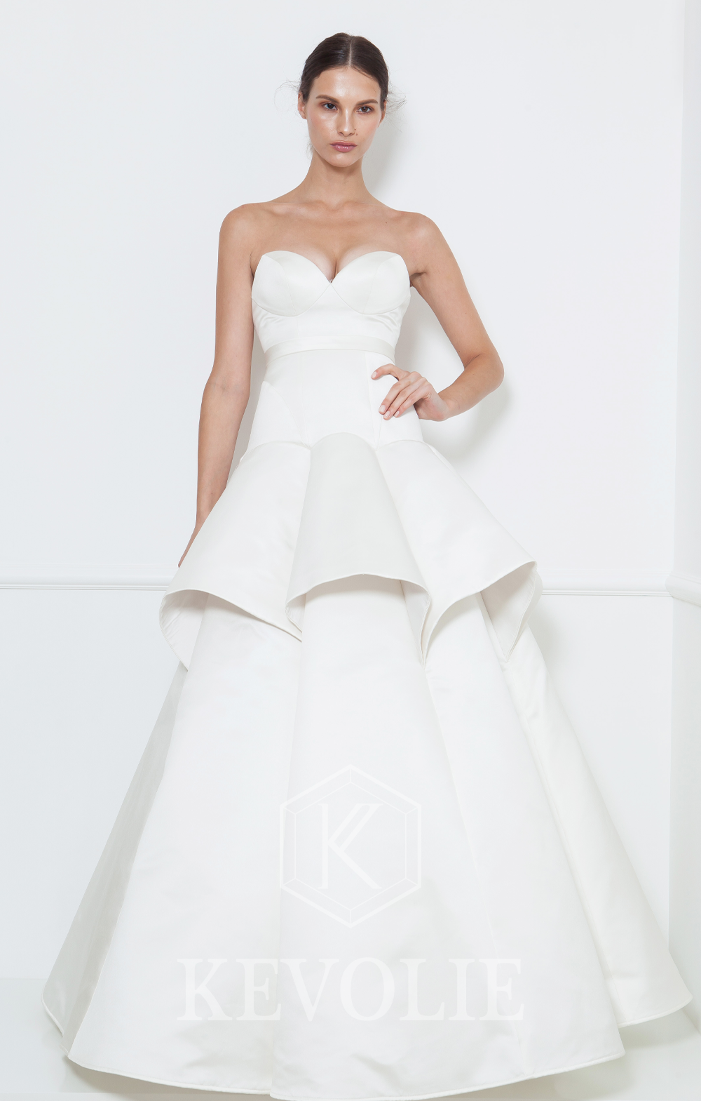 BRIDAL COLLECTION 2015-LOOK 6