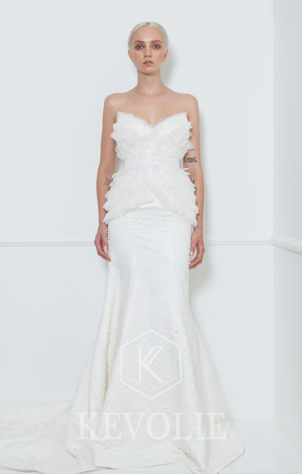 BRIDAL COLLECTION 2015-LOOK 11