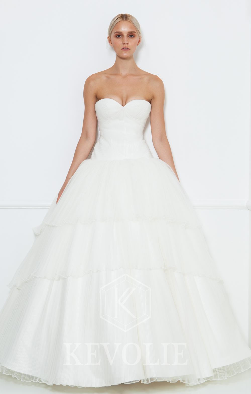 BRIDAL COLLECTION 2015-LOOK 7
