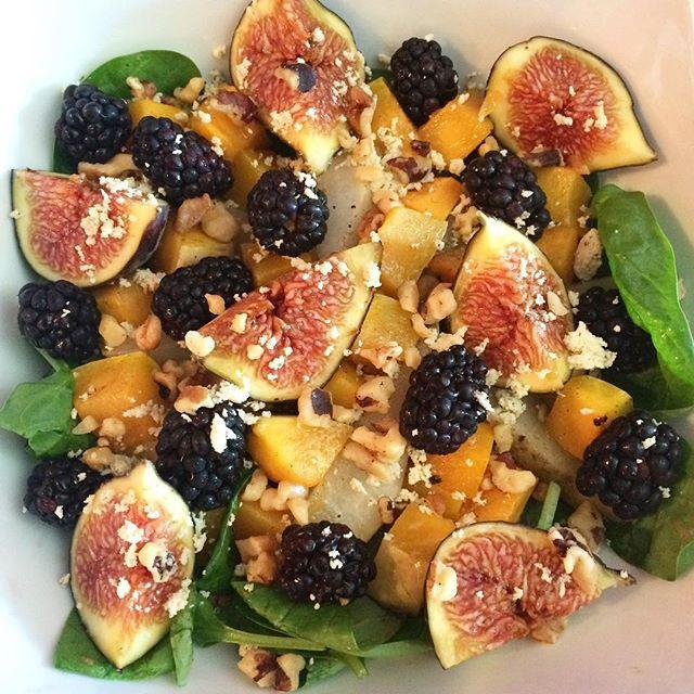 Salade tiède de courge butent, poires et figues  | Dodo la Grano - recettes végétaliennes, santé et simples