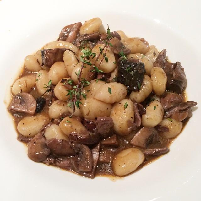 Gnocchis aux champignons et huile de truffle| Dodo la Grano - recettes végétaliennes, santé et simples