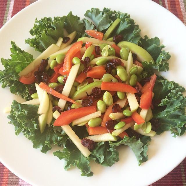 Salade pomme, poivron et edamames  | Dodo la Grano - recettes végétaliennes, santé et simples