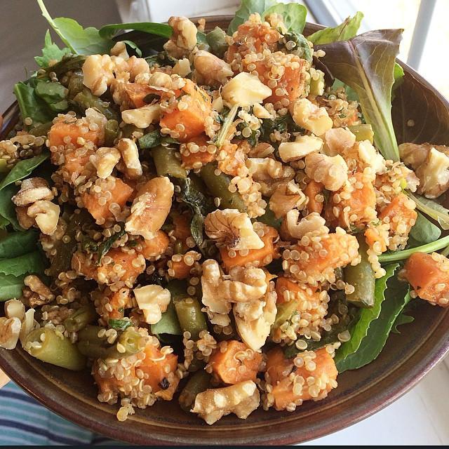 Salade tiède automnale | Dodo la Grano - recettes végétaliennes, santé et simples