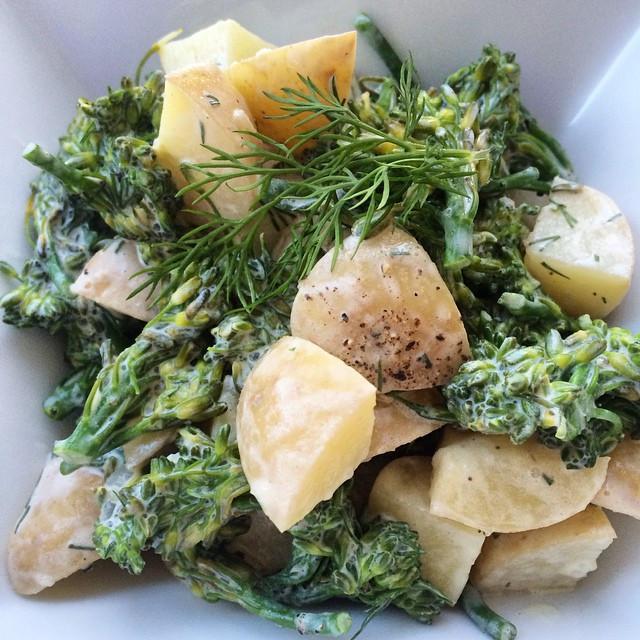 Sala de de patates et brocolinis | Dodo la Grano - recettes végétaliennes, santé et simples