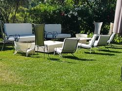 Lounge sur l'herbe