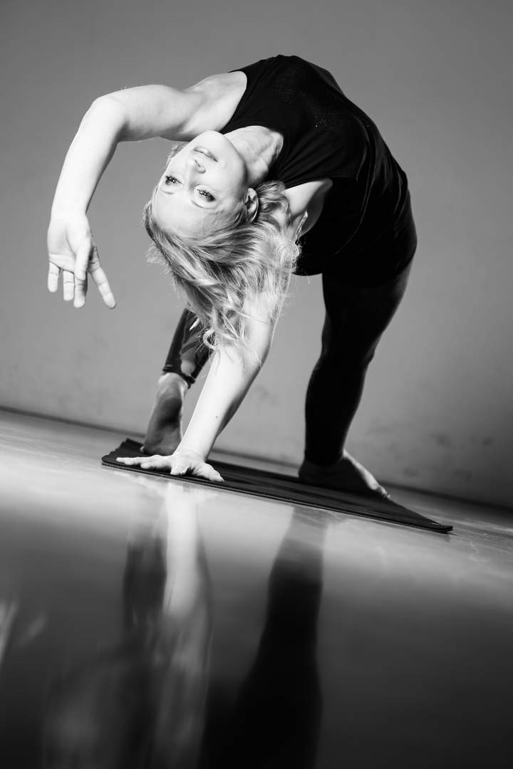 Mel Haumann Yoga