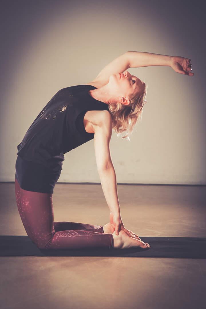 Melanie Haumann_Yoga Kamel
