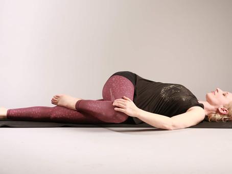ONLINE 13.3.21 Faszien Yin Yoga - mit und ohne Tools