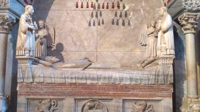 Захоронения в венецианском храме