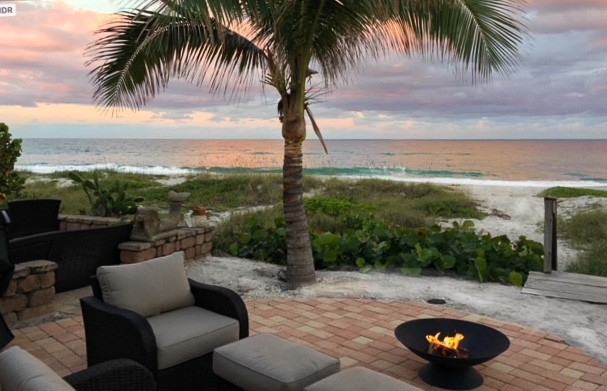 Oceanfront Sea Cottage