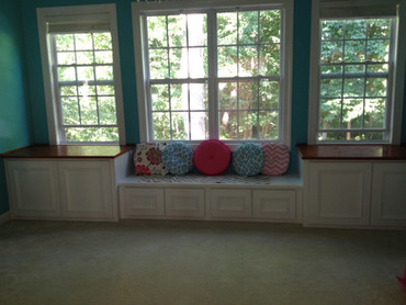 Built-In Window Seat | builtinking.com