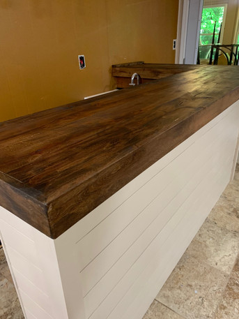 Custom Bar Built-In | builtinking.com
