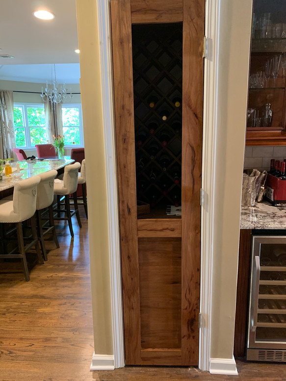 Custom Wine Bar Built-In | builtinking.com