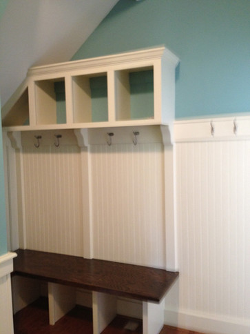 Mudroom Built-Ins | builtinking.com