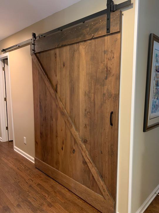 Barn Door | builtinking.com