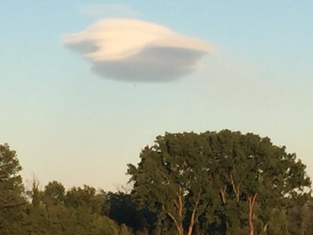 Lenticolare (nuvola)