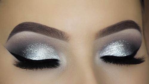Maquillage argenté
