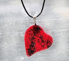 HeartNeckCremainsRdA.jpg