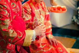 Les Mariages Chinois, tenues traditionnelles