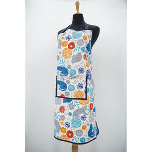 Adult apron in cat print cotton, with front pocket and hand embroidered name