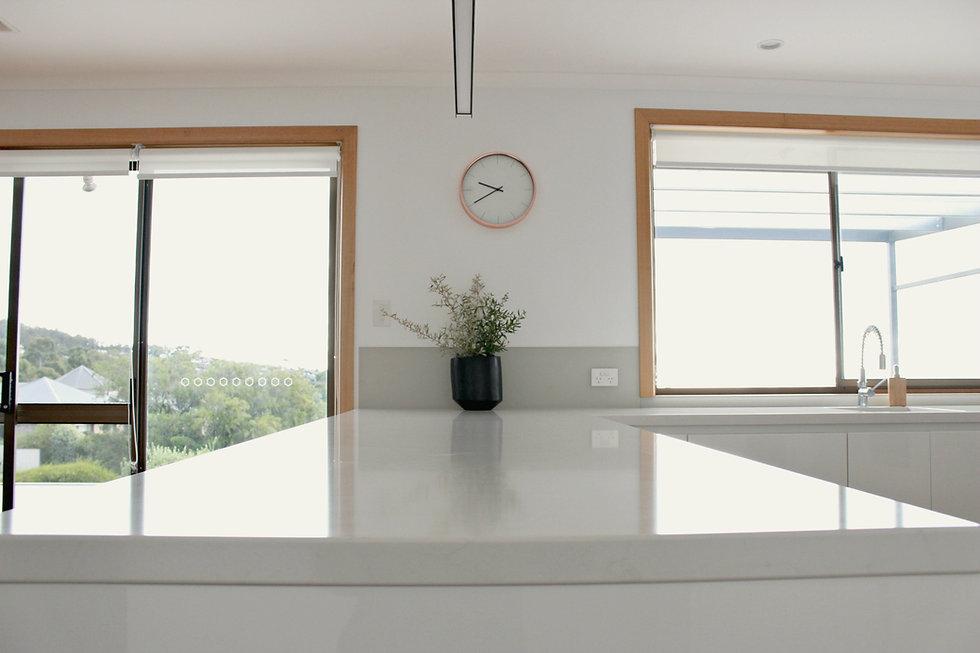 Blackmans Bay kitchen 1.jpg