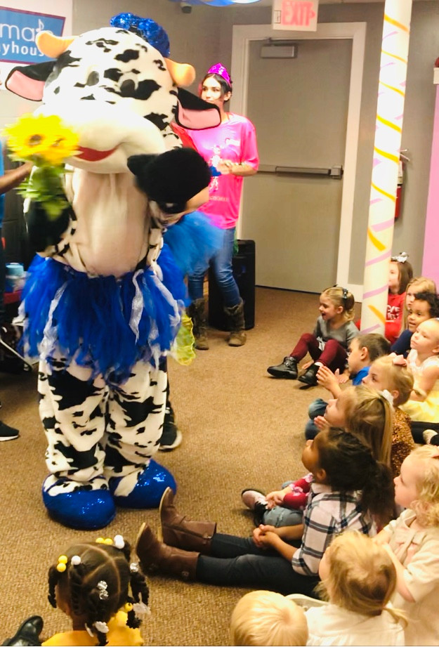 "Jemima's Playhouse Book Launch in Kansas City Features Iconic ""Madame Belle"" Character"
