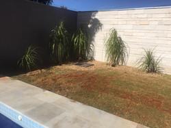 Parede e piso piscina quartzito